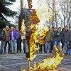На территории РГТЭУ сожгли чучело Ливанова (видео)